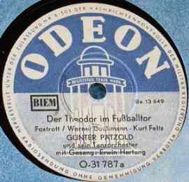 Der Theodor im Fußballtor