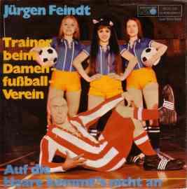 Trainer beim Damenfußball-Verein